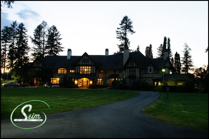 Spokane Wedding Photography at Bozarth Mansion wedding photography