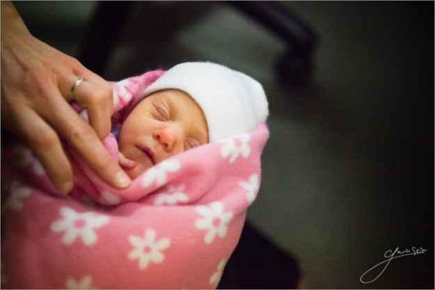 ariana_baby_photo-5